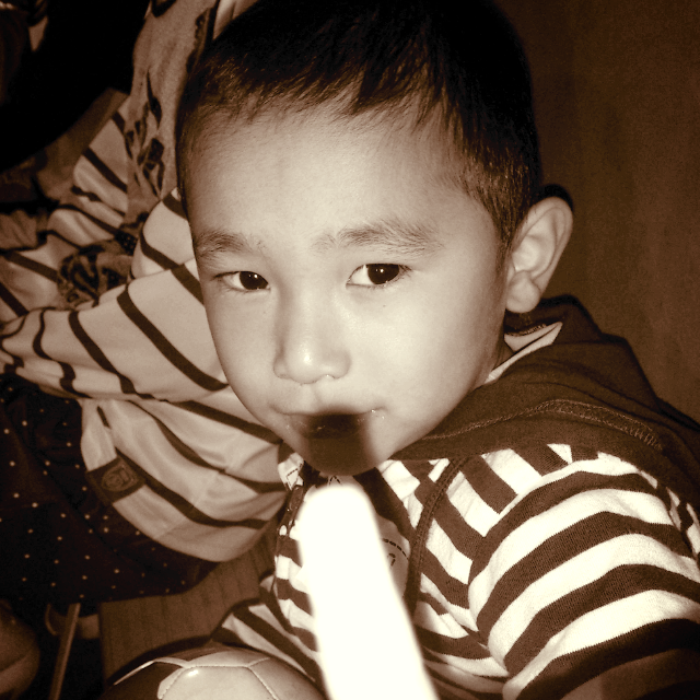 20120605203934_deco